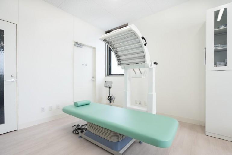 名取つちやま皮ふ科治療室風景 宮城県名取市でホームページ制作はMIRAIZU